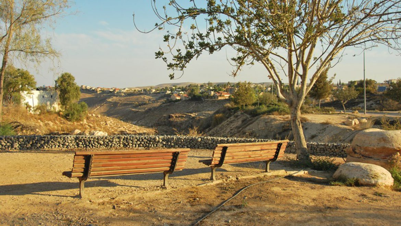 כניסה לנחל טביה בערד צילום-ענת רסקין