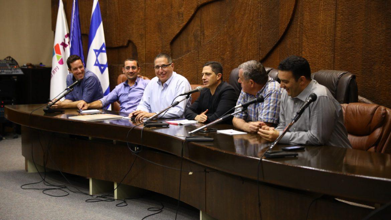 ראשי רשויות מכל רחבי הארץ חתמו על האמנה צילומים-עיריית באר שבע