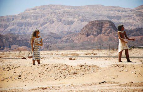 כל שנה חייב אדם ב 'יציאת מצרים' אישית