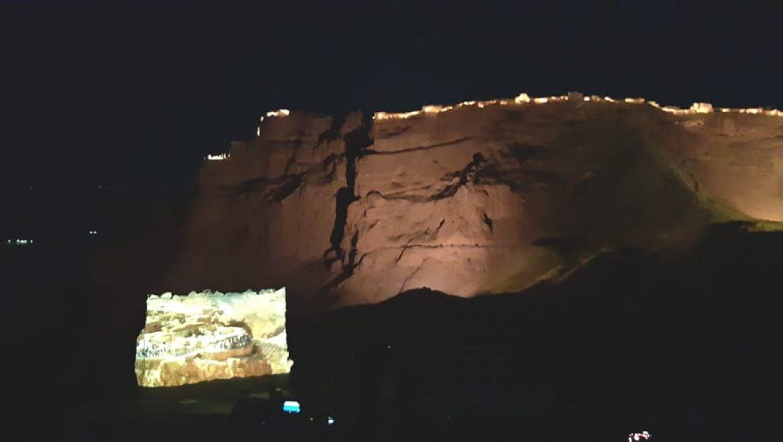 מופע אורקולי במצדה-מערב צילום-ענת רסקין