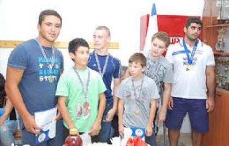 מועדון ההאבקות של ערד זכה ב-4 מדליות זהב בתחרויות ההאבקות במכבייה ה-19 !!