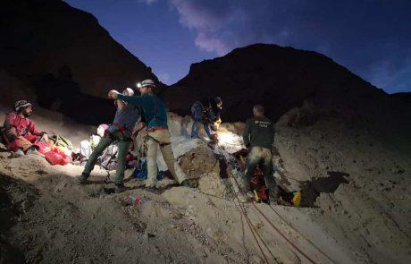 יחידת החילוץ ממערות – בחילוץ לילה ממערת סדום
