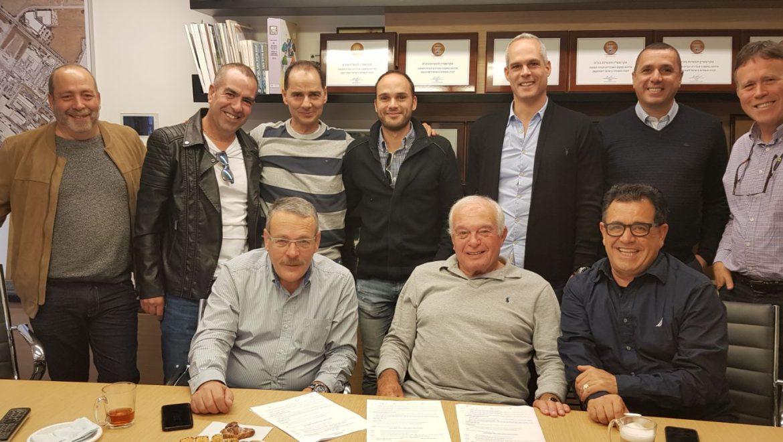 הסכם קיבוצי חדש באקרשטיין- שפור כלכלי ויציבות לעובדים בירוחם
